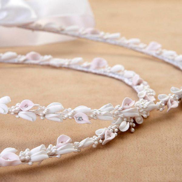Στέφανα γάμου στολισμένα με ανθάκια λευκά - ροζ και Swarovski