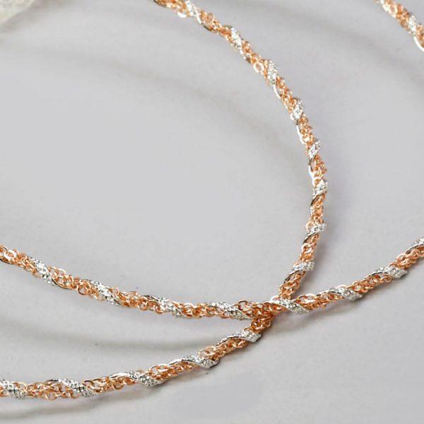 Επάργυρα στέφανα γάμου με σφυρίλατη ασημένια βέργα και διπλή χρυσή αλυσίδα