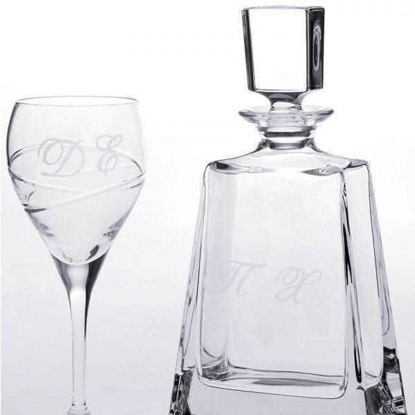 Σετ καράφας και ποτήρι κρασιού με χαραγμένα τα μονογράμματα σας