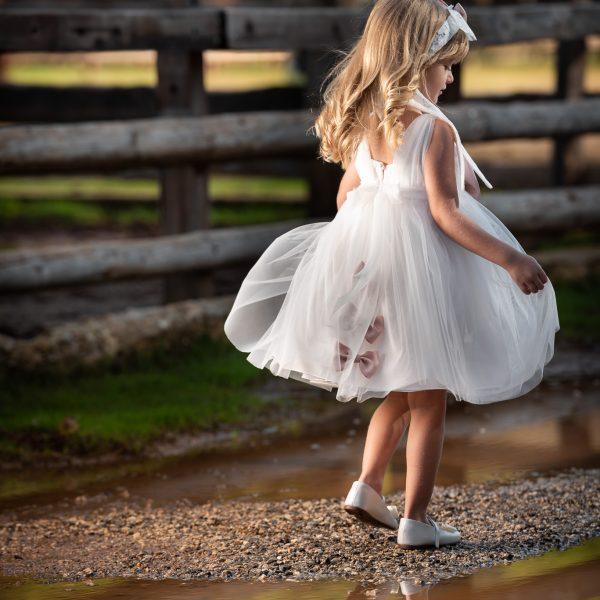 Φόρεμα μεσάτο με λεπτομέρειες βαμβακερής δαντέλας στο μπούστο