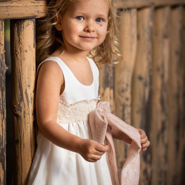 Φόρεμα μεσάτο κιπούρ