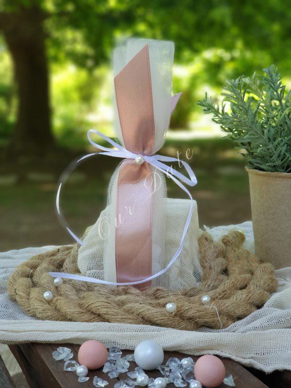 Μπομπονιέρα γάμου με κορδέλα σάπιο μήλο και πέρλα