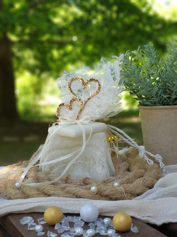 Μπομπονιέρα γάμου 2 καρδιές σε μάρμαρο